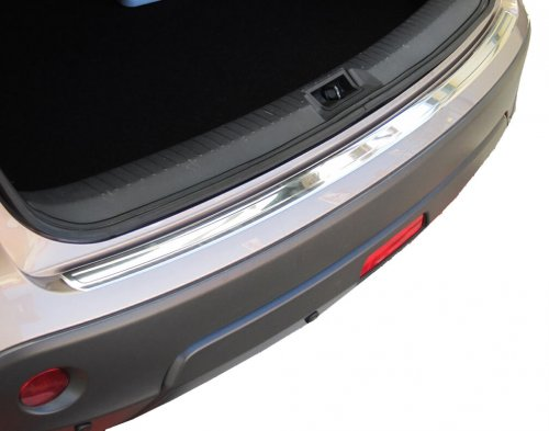 Stainless steel rear trunk sill